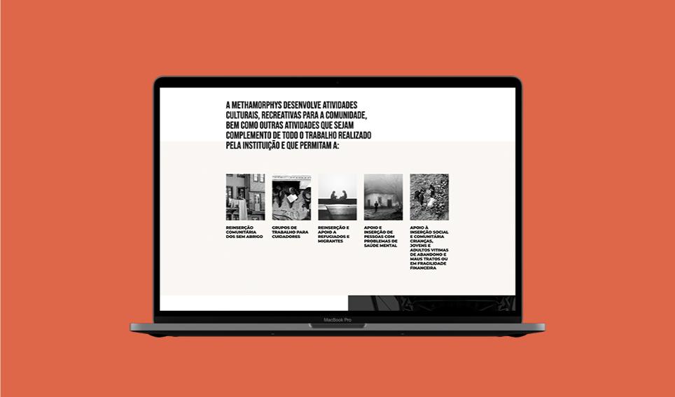 Website Methamorphys em computador portátil