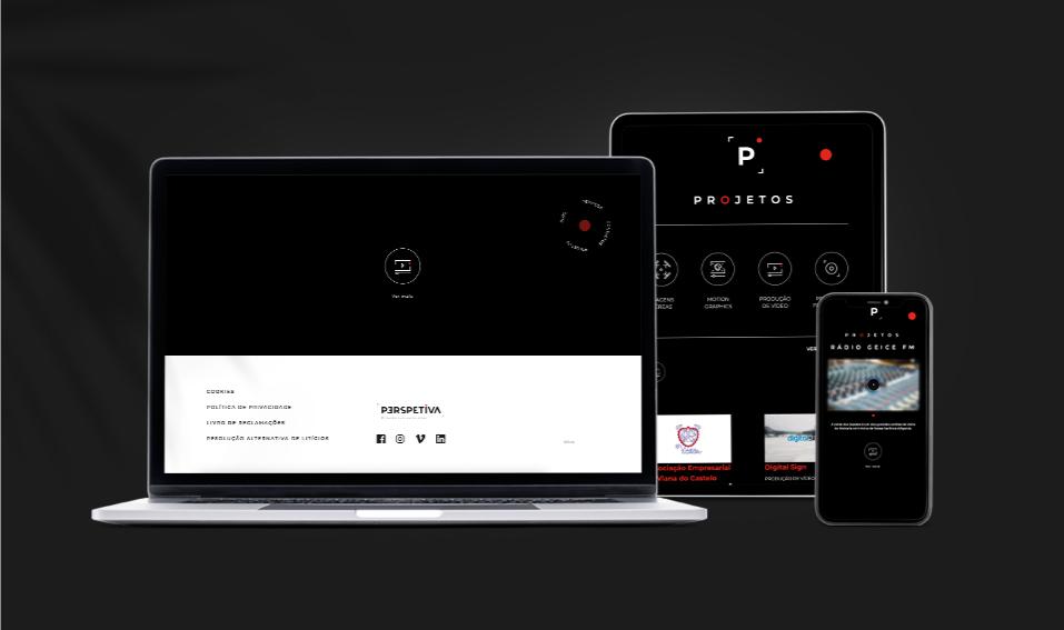 Páginas de website Perspetiva em computador portátil, tablet e telemóvel