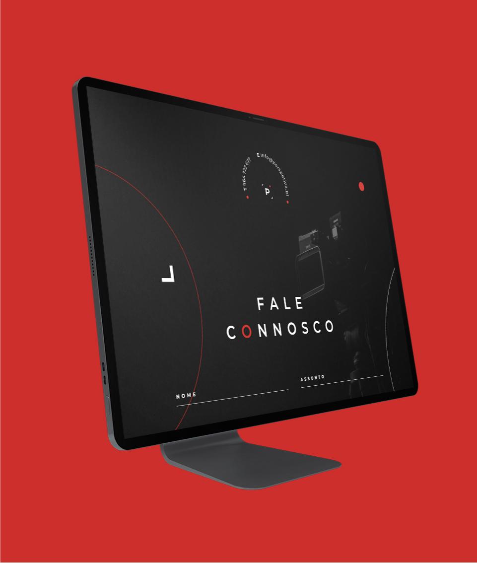 Página do website Perspetiva em computador